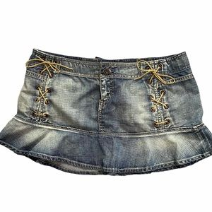 Guess jean skirt size 30